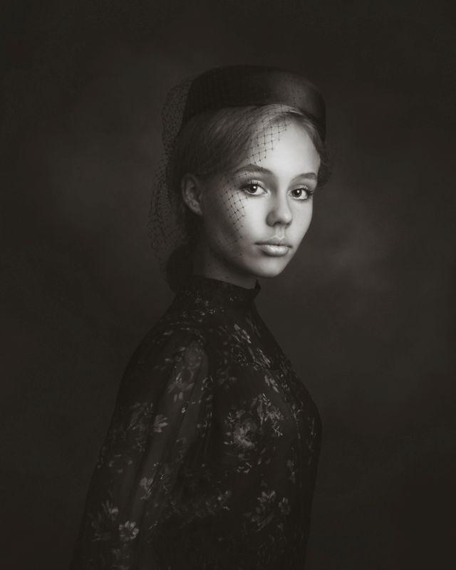 Alex Lord - Monochrome