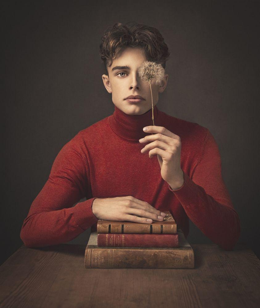 "20 x 16"" Portrait Creative 2020 3rd Place: Martina Warenfeldt"
