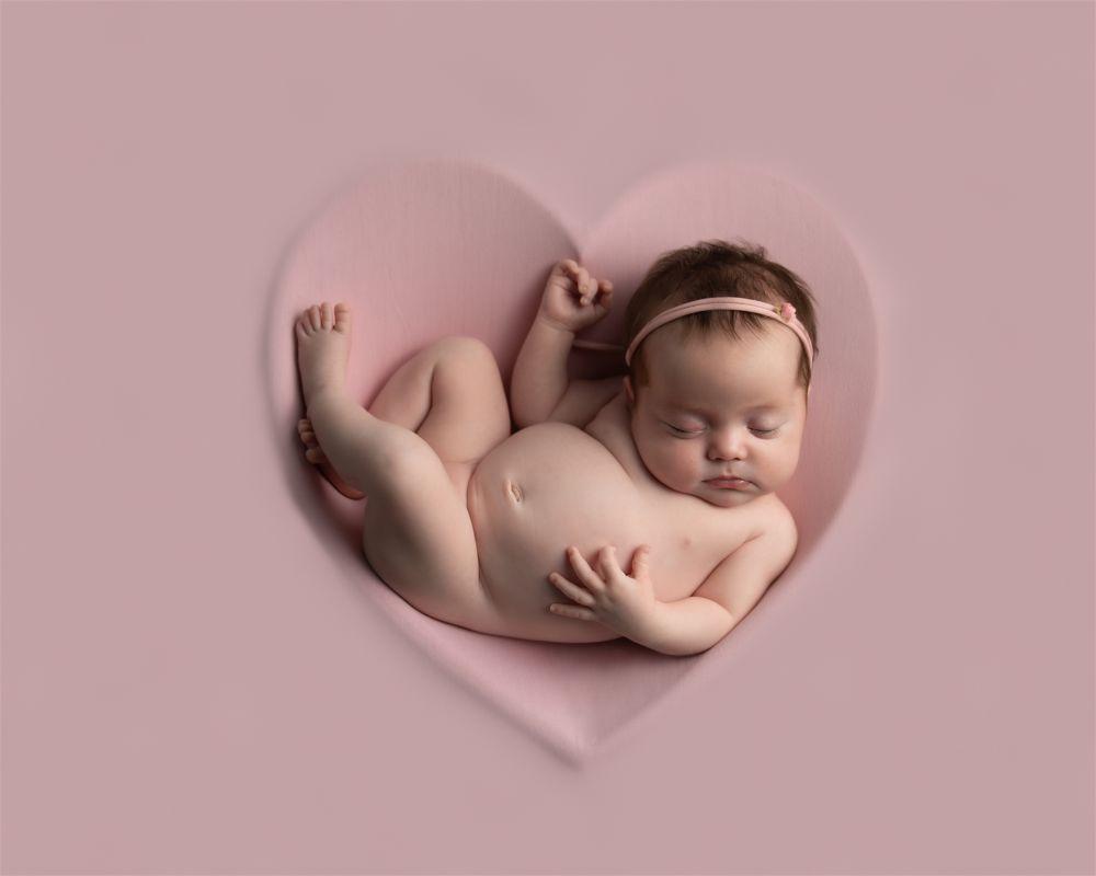 "20 x 16"" Portrait Newborn 2020 3rd Place: Gemma Sains"
