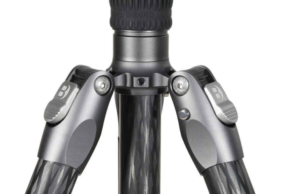 Benro reverse folding legs